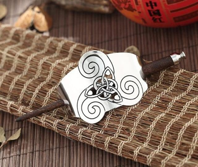 Celtic Knot Amulet Hair Sticks